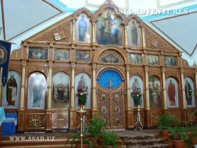 Каракол. Иконостас русской церкви