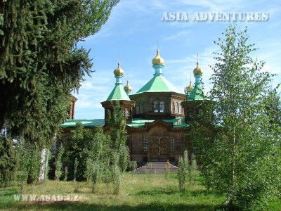 Каракол Церковь