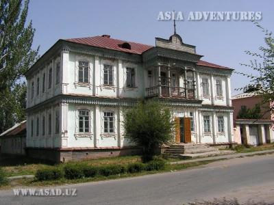 Каракол. Дом, постройки начала XX века