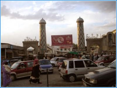 Узгенский базар, Киргизстан