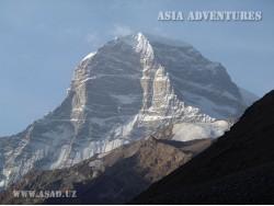 Engels Peak (6510 m)