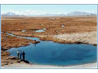 озеро в Таджикистане