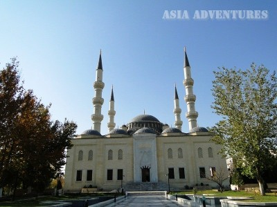 Mosque Ertogul Gazi, Ashgabat, Turkmenistan