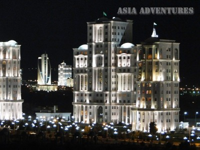 Вид на ночной город, Ашгабад, Туркменистан
