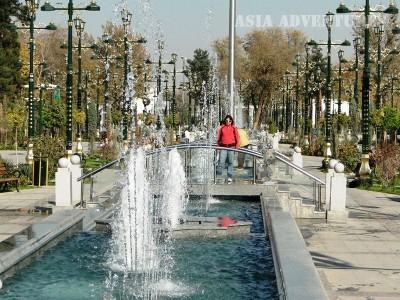 Аллея вдохновенья, Ашгабад, Туркменистан