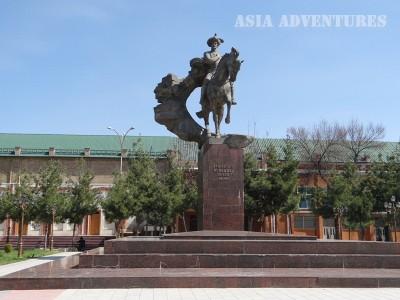 андижан памятник Тимуру