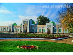 Al-Bukhari, religious – memorial complex