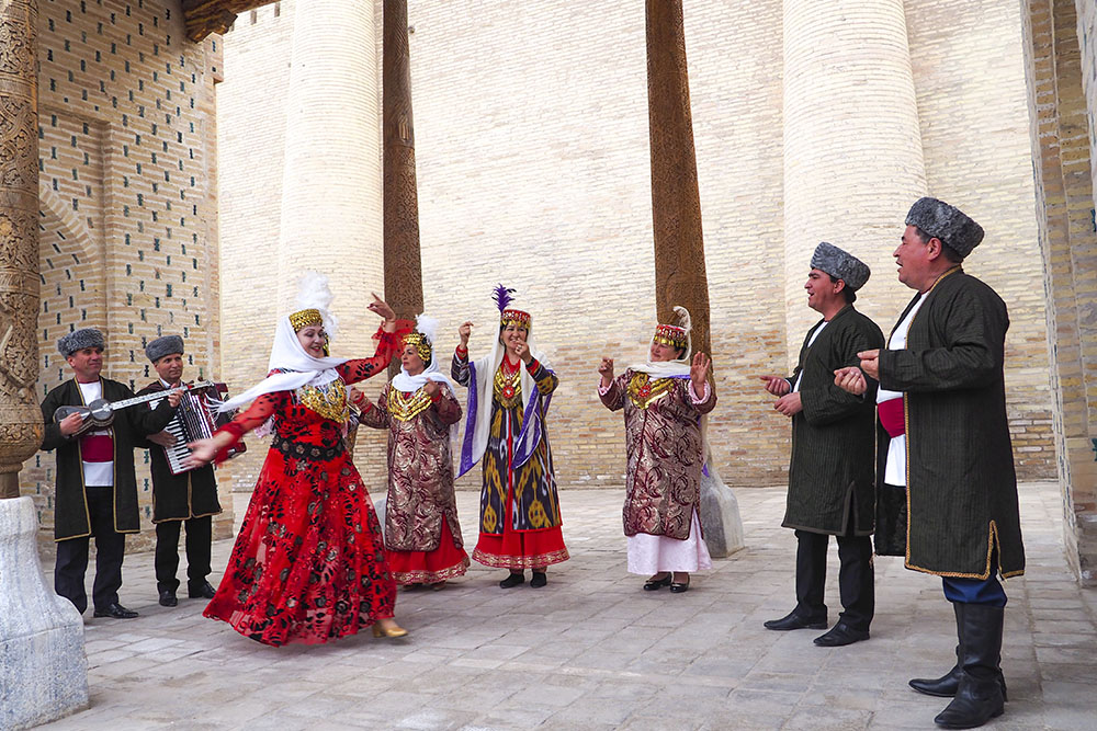 Raks Sehri (The Magic of Dance), Khiva